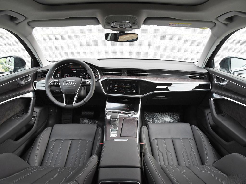豪华品牌中大型轿车间的PK,如果你是老板,你会选择谁?