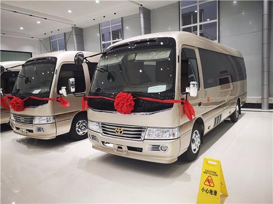 豐田考斯特15座現車 超實用辦公商旅商務車報價