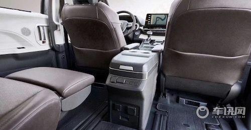 2021款丰田塞纳2.5引擎已上市 现车价格40万起步