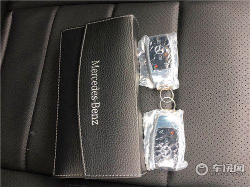 20款奔驰GLS450AMG黑内超值特惠21轮抬显科技包实木内饰详情
