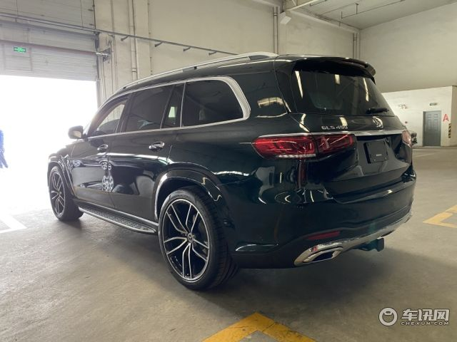 2020款加版奔驰GLS450  国六现车最新行情