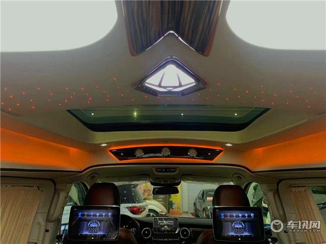 2020款奔驰V260L,高顶七座商务车,伊丽莎白女王专属