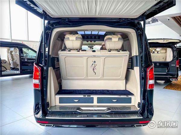 全新奔驰威霆改装VS680七座商务车 豪华MPV的标杆之选