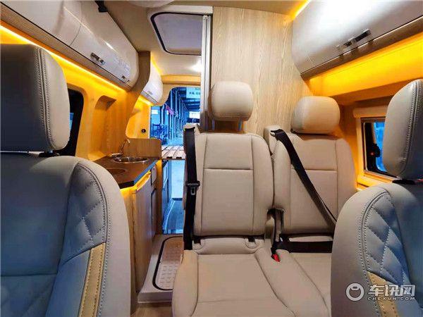 铂驰年末发布福特新全顺V362B型房车 融合各大优点制造