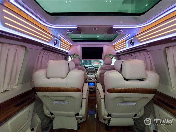 新款奔驰V260L改装高顶七座,埃尔法同款座椅奢华内饰