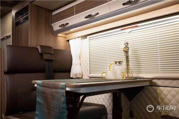 2021新款戴德自由风6依维柯双拓展房车,上海房车专营店