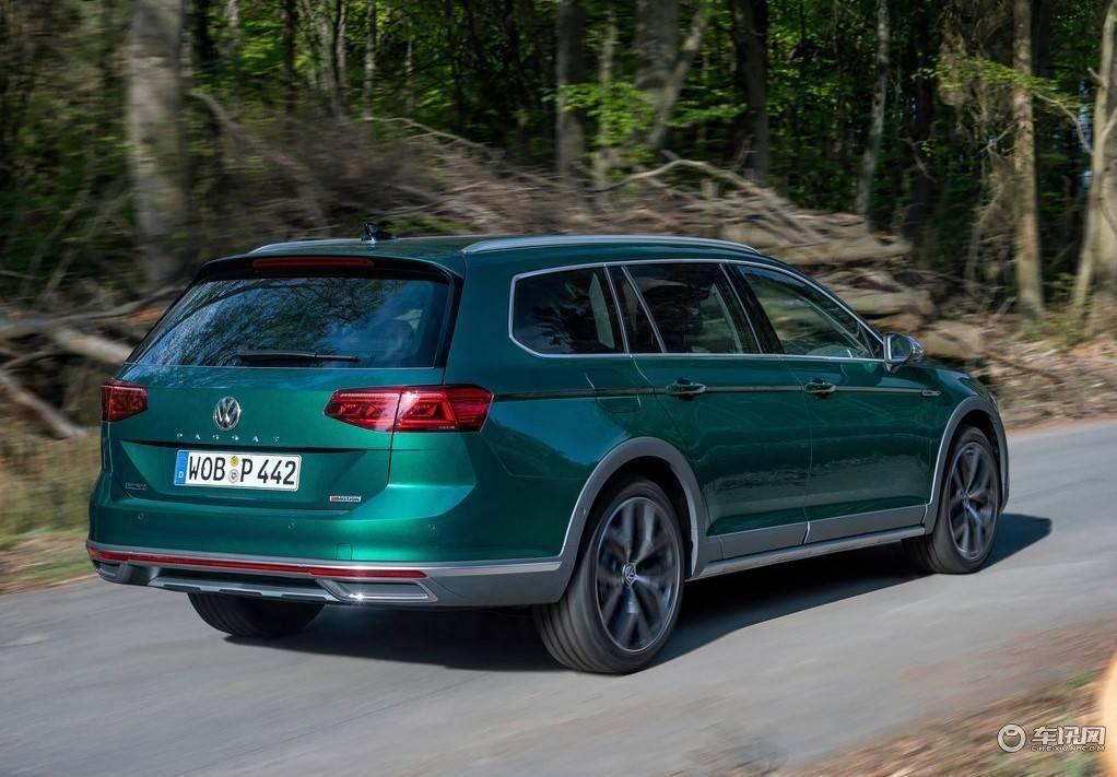 Volkswagen-Passat_Alltrack-2020-1024-44.jpg