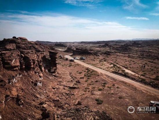 """在帕米尔高原,同路虎探寻心中的""""新大陆"""""""