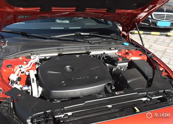 沃尔沃S60购车享优惠3万元      现车销售