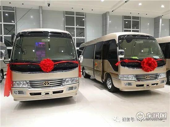 丰田考斯特12座价格12座现车优惠促销
