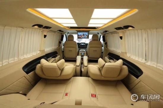 新款奔驰威霆升级迈巴赫商务怎么改多少钱