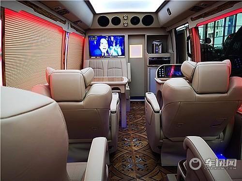 丰田考斯特几多钱 考斯特12座VIP版