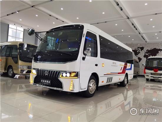 丰田考斯特改装多少钱丨12座考斯特客车