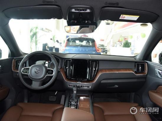 全新沃尔沃XC60 车展价格提前享 千元礼包任你拿。