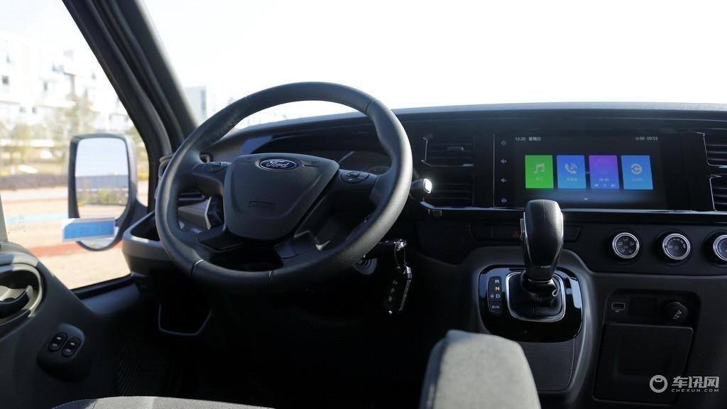 新世代全顺PRO试驾评测:它还能持续称霸轻客市场吗?